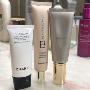 Foundation/tinted moisturizer bundle cc cream